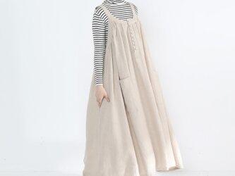 リネン100% キャザーたっぷり ゆったりジャンパースカート・ベージュの画像