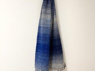 手紡ぎ糸の手織りマフラー[濃紺x青グラデーション]の画像
