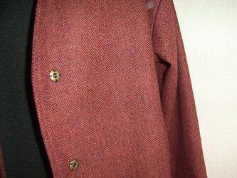 ヘリンボーンのウールコートの画像