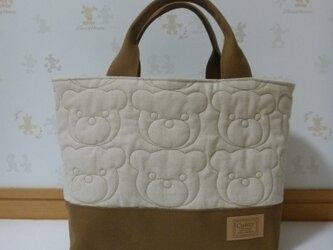 99.クマさんのお顔キルトのランチバッグ巾着タイプ Lサイズ おむつポーチ 生成り 再販の画像