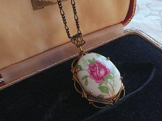 ヴィンテージ ローズ薔薇/陶器 アンティークGoldネックレスの画像