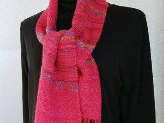 手織りウールマフラー(杉綾マゼンタ色)の画像
