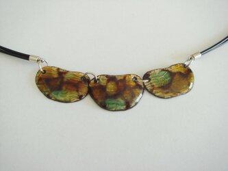 七宝 ビーンズ型のネックレスの画像
