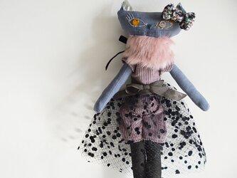 プペ ネコの女の子 「おしゃれ大好きなパリジャンヌ ニコル」の画像