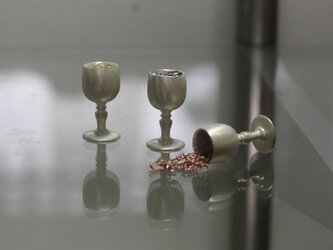 「conceal」ミニチュアペンダント ワイン「ロゼ/白」の画像