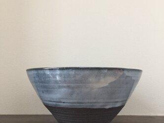 中鉢(黒泥)の画像