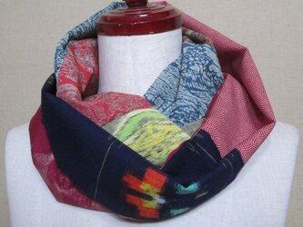 着物リメイク 8種類の色々なウール着物をパッチワークしたスヌードの画像