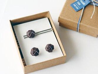 本革〈焦茶〉玉結び カフスボタン&ネクタイピンセット(ギフトラッピング無料)の画像