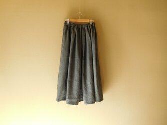 リネンのスカート チャコールグレーの画像