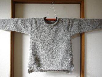 ラグラン袖のカジュアルセーター の画像