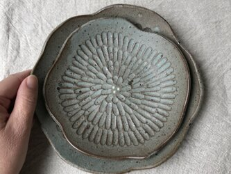 水色の花皿(大小セット)の画像