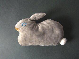 """ Stickitten""  rabbit loaf コーデュロイ / ベージュの画像"