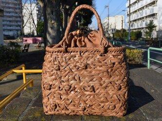 山葡萄(やまぶどう)籠バッグ | 六角花乱れ編み | 巾着と中布付き | (約)幅32cmx高さ25cmx奥行12cmの画像