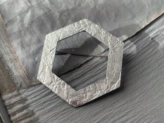 錫ブローチ小の画像