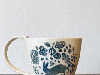 """マグカップ ―kakiotoshi  blue gradation """"青いウサギの画像"""