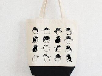 ペンギンがいっぱい トートバッグの画像
