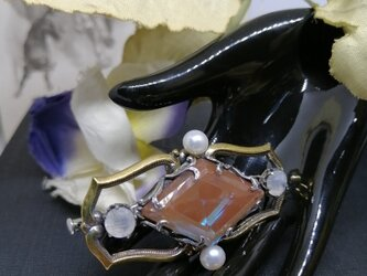 ダイヤシェイプサフィレットブローチの画像