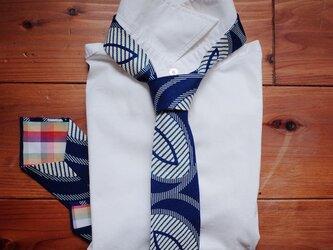 アフリカンプリントx播州織ネクタイ blue & pinkの画像