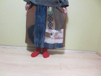 楽しいリメイク☆自然染布に古布パッチ☆雀のお宿も隠れておしゃれスカート78㎝丈の画像