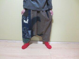 古布リメイク☆自然染め手描き染に鶴の絵がすりパッチおとなのサルエルパンツ♪の画像