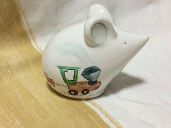 【お空に、向かって!】ネズミさんの陶器の置きものの画像
