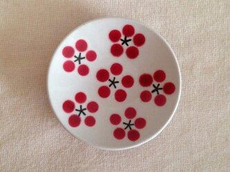 白磁豆皿(紅梅)の画像