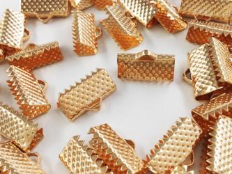 送料無料 ワニグチ 金具 50個 リボン 留め 紐 留め 13mm ゴールド KC金 ワニカン (AP0559)の画像
