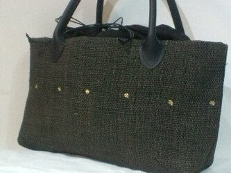 麻地 墨に金彩のバッグの画像