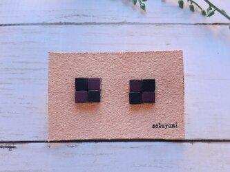 【送料無料】市松模様ピアス 紫×黒の画像