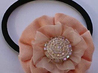七色ビーズ刺繍*お花のヘアゴムの画像