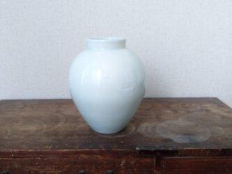 青白磁 壺の画像
