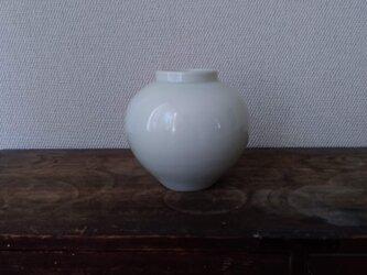 磁器 壺の画像