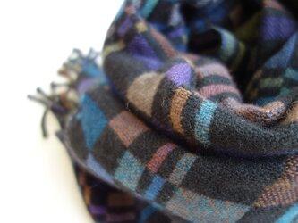 手織りカシミアストール・・影絵の画像