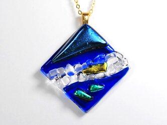 ダイクロガラス ペンダント:7月の海の画像