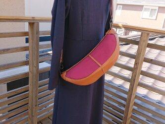 ハンドメイド 手縫い ボディバッグ ショルダーバッグ  本革×帆布の画像