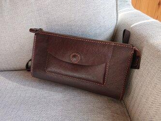 ハンドメイド 手縫い 本革 ショルダーバッグ こげ茶色の画像