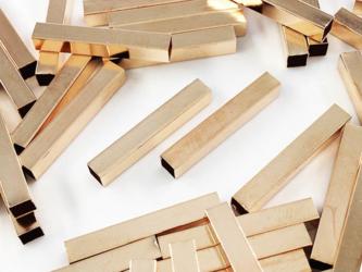 送料無料 メタルパーツ パイプ 25mm 四角 50個 ゴールド KC金 直パイプ メタルパイプ パーツ (AP0709)の画像