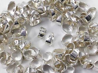 送料無料 バチカン パーツ シルバー 白銀 6mm 100個 小さめ アクセサリー パーツ 金具 (AP0863)の画像