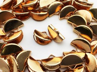 送料無料 ワニグチ 金具 50個 リボン 留め 紐 留め 13mm ゴールド KC金 扇型 ワニ口 ワニカン AP0884の画像