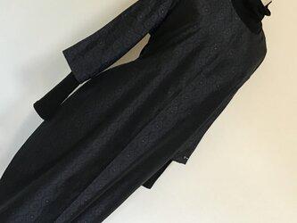 0105   着物リメイク M寸法の七分袖コクーンワンピース    大島紬の画像