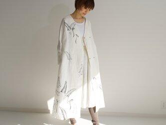 リネン・羽織り 白 <羊歯・蕨>の画像