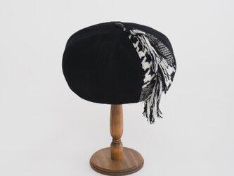 Melton fringe beretの画像