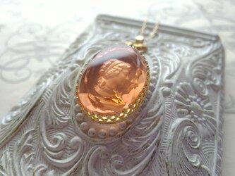 ヴィンテージ Peach-Ladyインタリオ Crown・Ribbonネックレスの画像
