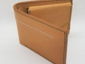 全て手縫いで仕上げた二つ折り財布(ヌメ革、縫い糸グリーン) Sale!の画像
