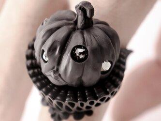 "OBAKEDAZO ""Pumpkin head"" Black collar / RINGの画像"
