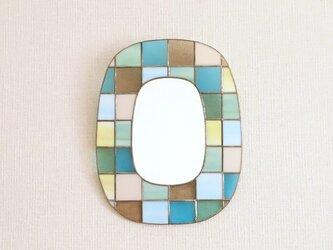 カラフルガラスパッチワークの鏡 [北西]の画像