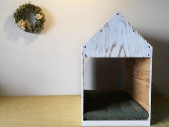 インテリアになる犬小屋 ドッグハウス  ペットハウス 木製 ホワイトウォッシュ 室内用の画像