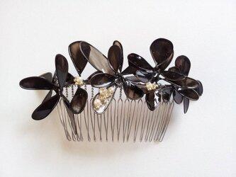 髪飾り*black flower コームの画像