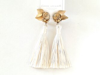 earring /// antique flower tasselの画像