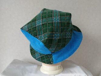 魅せる帽子☆あら不思議♪四角いトップのバイカラーハット~ブルー&グリーンの画像
